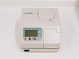 迅速感染症検査機器の写真